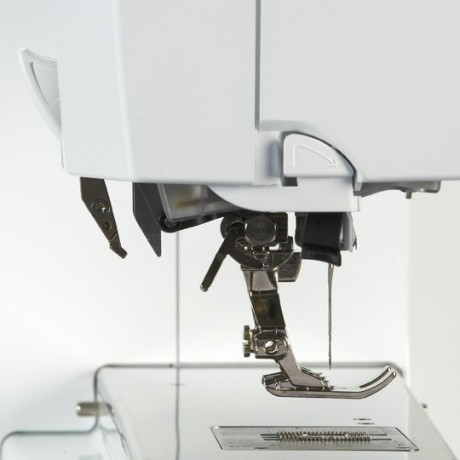 BERNINA 770 QE Dual Transport